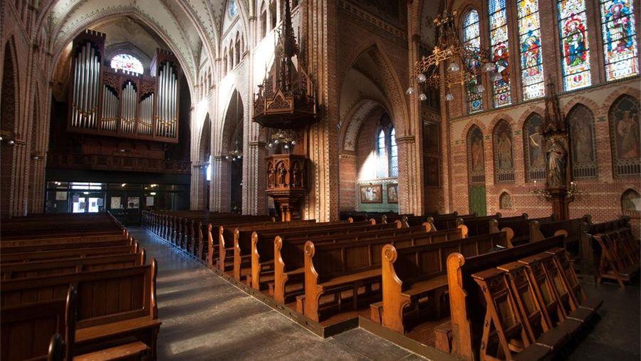 TV – uitzendingen RKK vanuit de Sint Martinuskerk Sneek