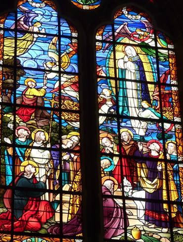 http://www.heiligen.net/heiligen/05/00/05-00-2015-7-marias-tenhemelopneming4.jpg