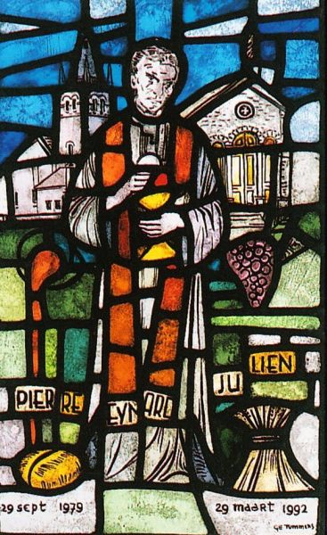 http://www.heiligen.net/afb/08/02/08-02-1868-pierre_3.jpg
