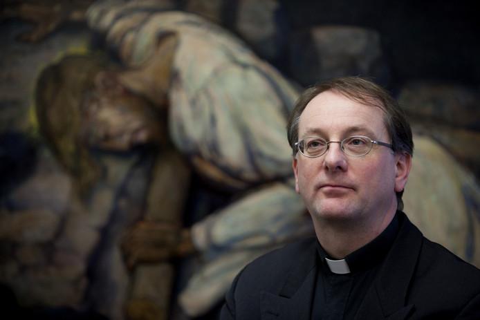 Mgr. dr. C.F.M (Ron) van den Hout nieuwe bisschop