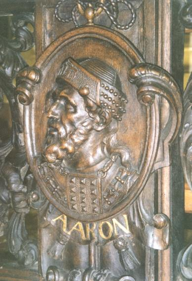 http://www.heiligen.net/afb/07/01/07-01-00--1200-aaron_2.jpg
