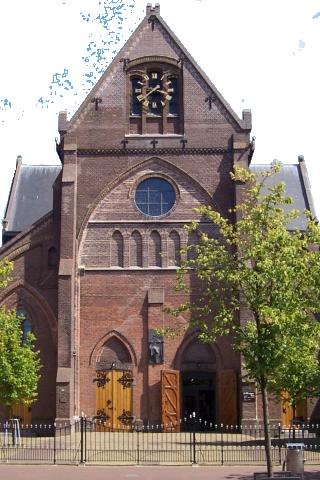 Sint-Martinuskerk-Sneek-320x480-aangepast