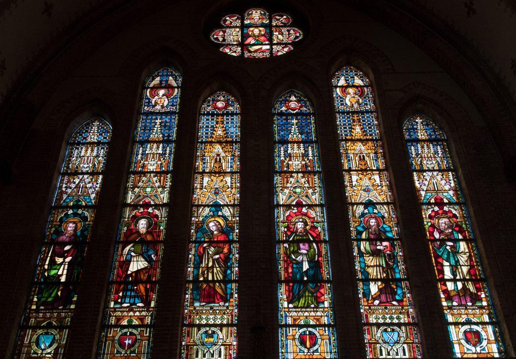 Het glas-in-lood van de Sint Martinuskerk - Sneek